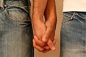 gays-holding-hands1